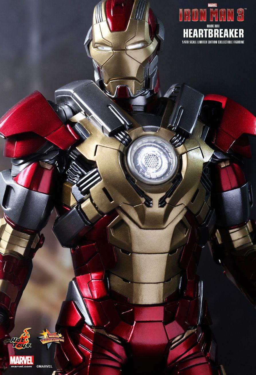 iron-man-3-mark-XVII-heartbreaker-9