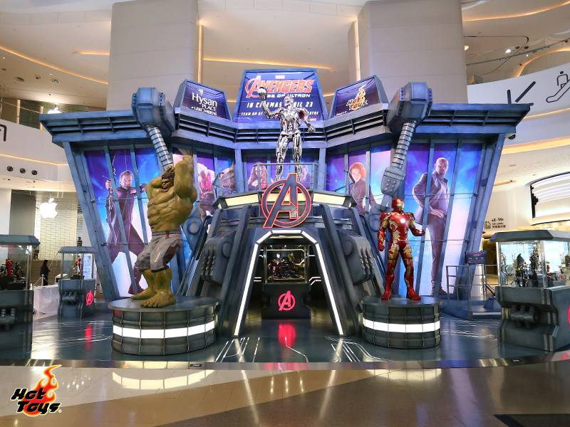 hot-toys-avengers-age-of-ultron-exhibition-1