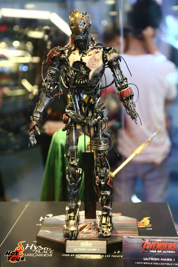 hot-toys-avengers-age-of-ultron-exhibition-8